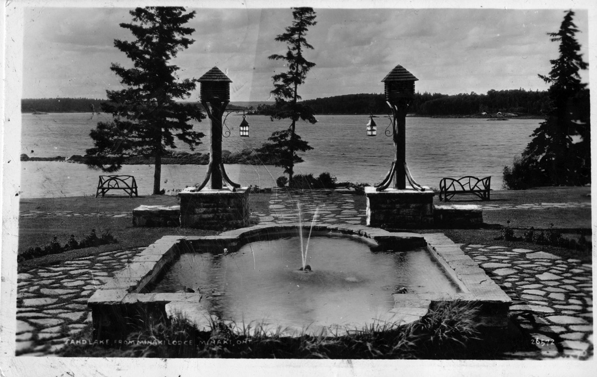 Minaki Lodge Postcard 1942 copy