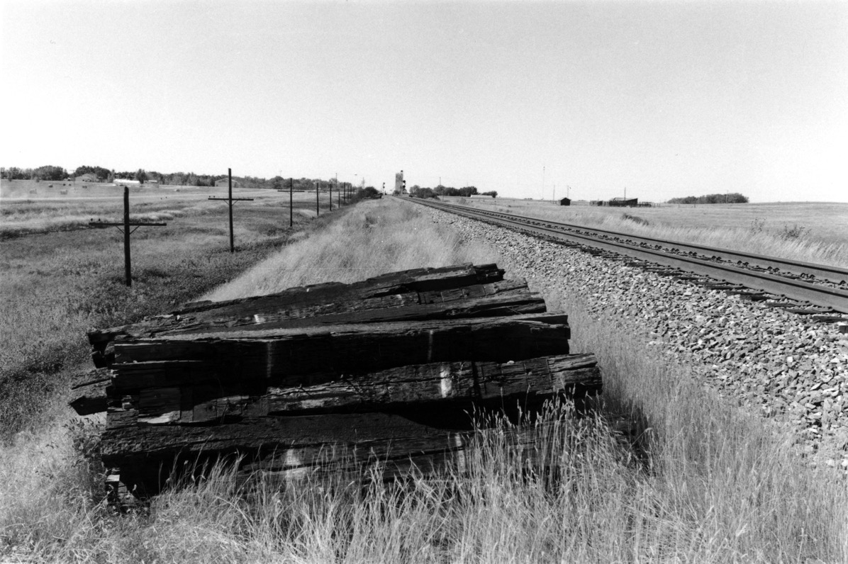 Railway ties and elevator Saskatchewan 2006
